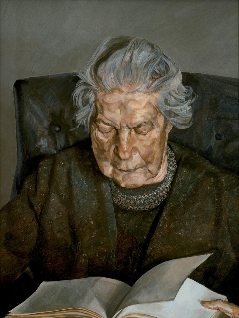 Vieille femme ukrainienne et