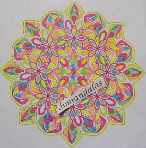 DOMANDALAS coloriage d'un mandala 1