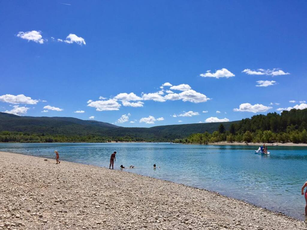 Le lac de Sainte Croix dans le Verdon...(1)... A suivre