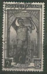 italie-cour-lombardie-1950.JPG