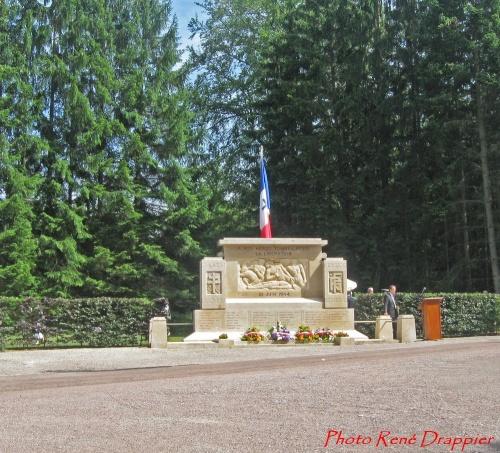 -Le Monument de la Forêt