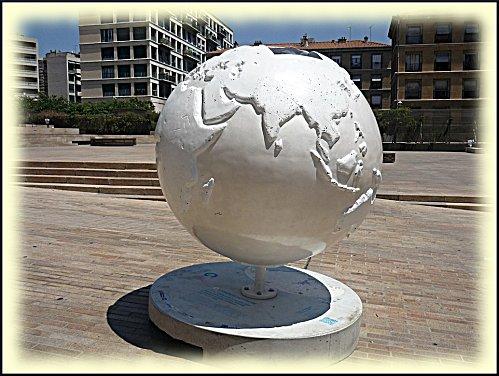 cool-globes-1.JPG