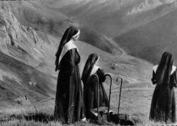 Marie et les autres religieuses