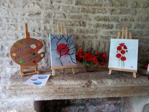 """Le salon """"Arts et Artisanats"""" de Brion  sur Ource s'est déroulée  le 16 juin sous un beau soleil, et les visiteurs ont été nombreux !"""