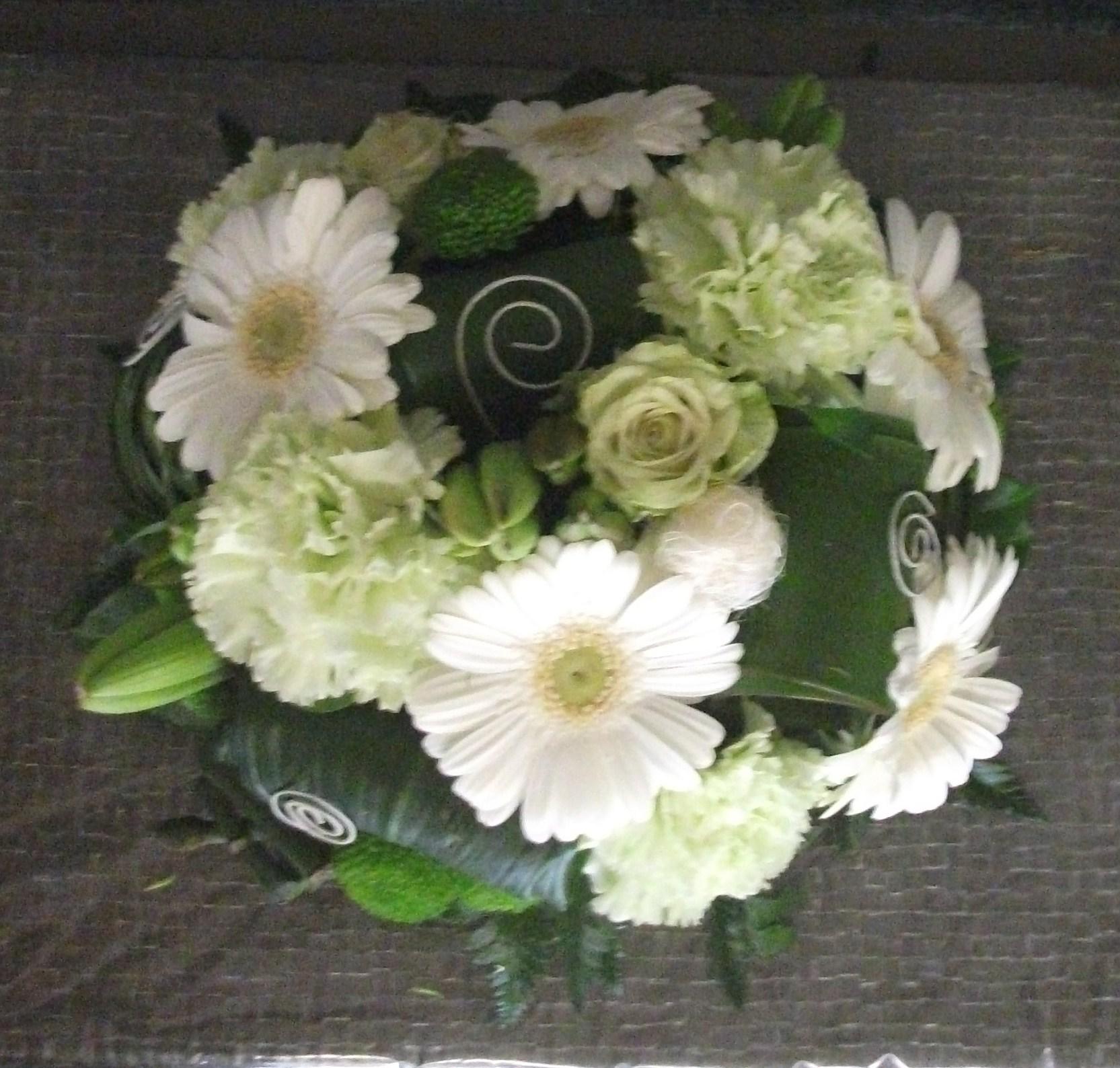 S16 centre de table rond stephanie art floral for Composition centre de table