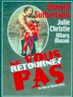 Un couple qui vient de perdre son enfant retourne à Venise, où la femme, désemparée, consulte une voyante...-----...Film de Nicolas Roeg Thriller et epouvante-horreur 1 h 50 min  16 octobre 1973 Avec Julie Christie, Donald Sutherland, Hilary Mason