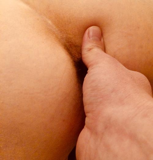 Exploration des doigts habiles de mon homme