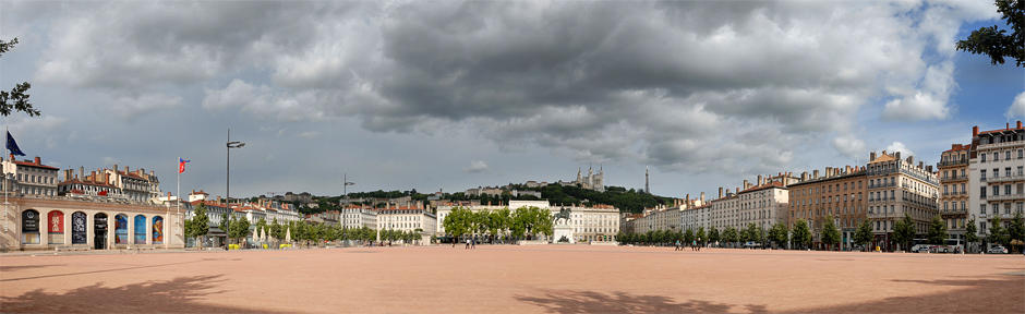 Ultime balade Place Bellecour...