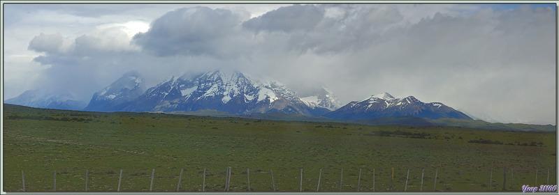 Panorama sur un paysage patagonien du côté de Torres del Paine - Chili