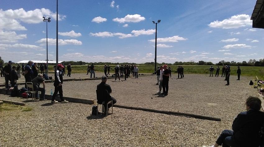1er Tour du 6 ième Challenge de l'Amitié du Secteur de Grenade Poule -C-