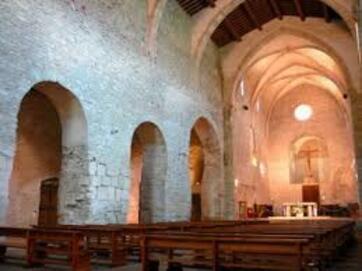 Abbaye Saint-Michel de Cuxa - 23 images de qualité en haute définition