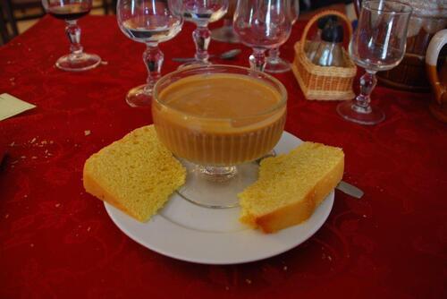 Crème caramel et pastis landais