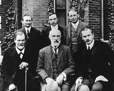 Clark University, 1909 : Brill, Jones, Ferenczi, Freud, Hall et Jung