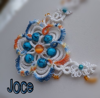 collier-bleu-orange-2w