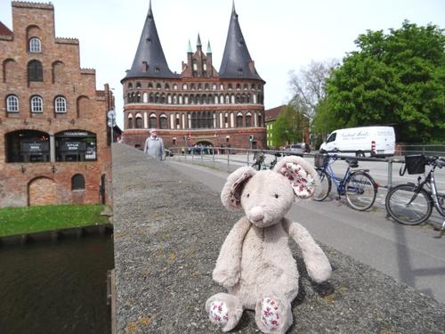 A Lübeck, pan sur le bec!