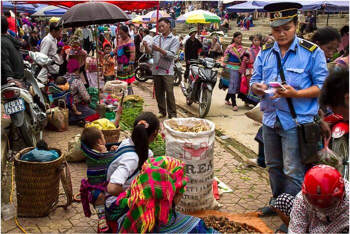 Images du marche de Bac Ha