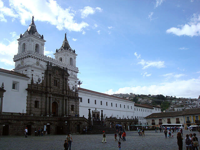 Plaza et  Eglise San Francisco Quito