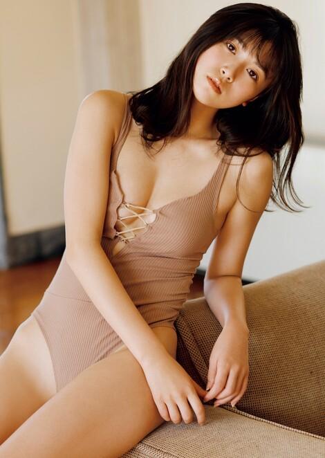 WEB Magazine : ( [FRIDAY Digital - Gravure] - |FRIDAY - 04/01/2020 - Miyu Kitamuki : 北向珠夕 圧倒的なプロポーションのブレイクガール| )