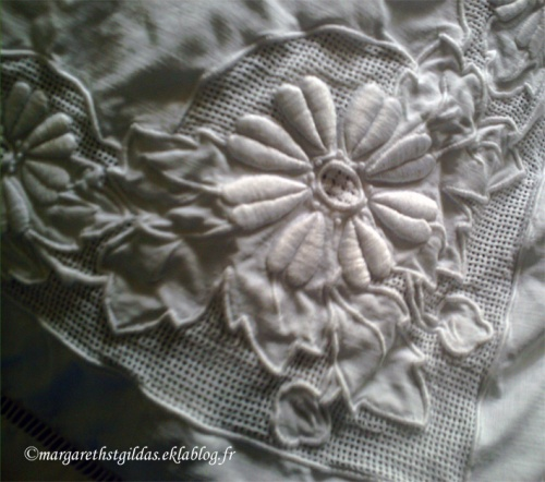 Belles broderies années 30 - Beautiful embroideries, the 30s