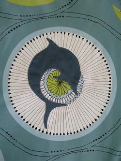gigoteuse dauphin bleu
