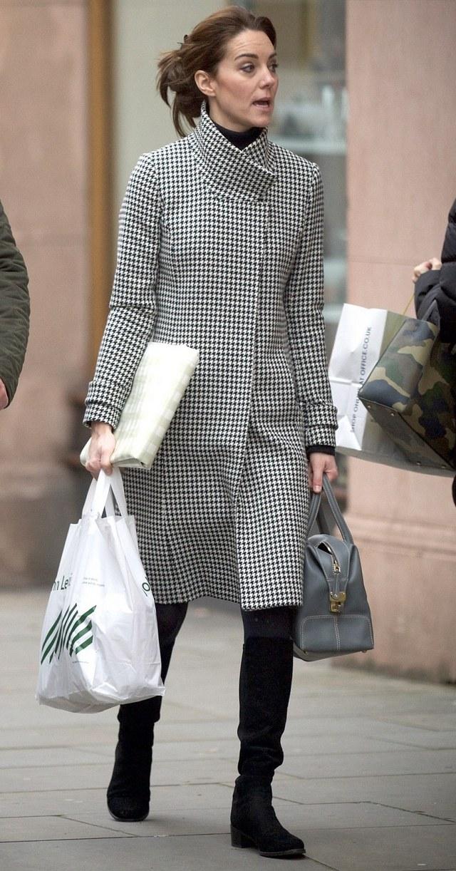 Kate fait les courses