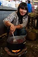 grillade de cacahuètes - Luang Namtha