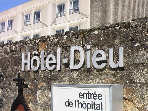 Hôtel-Dieu de Pont-l'Abbé. L'hôpital va continuer sa mue  (LT.fr-28/01/2017)