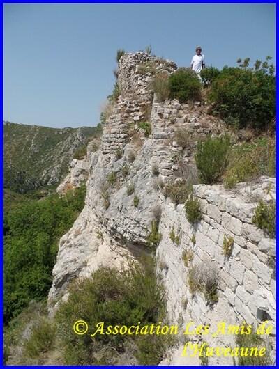 Castrum de st Marcel et pique nique de l'association