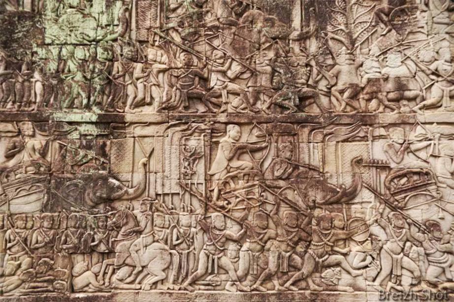 bas relief angkor thom
