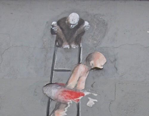 Homme bouée échelle street-art 2132 - Version 2