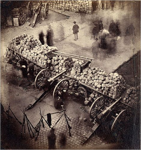 Barricades de la Commune de Paris - 1871: