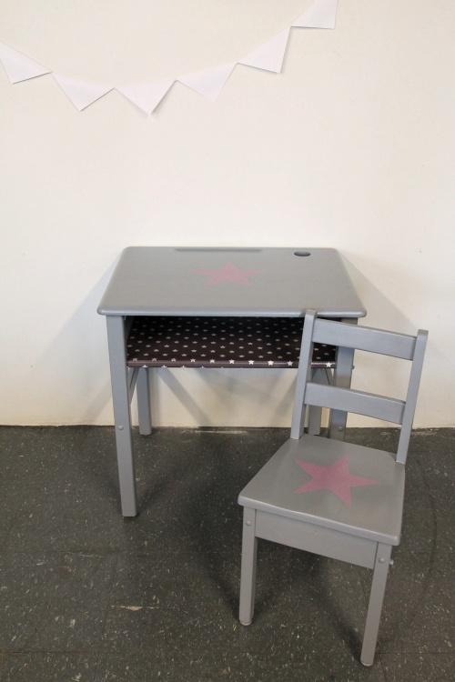 Collection GRIGRIS SOURIS : pupitre étoile mauve + chaise