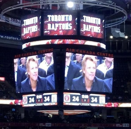 JON BON JOVI IN THE RAPTORS GAME - OCT 17/2012