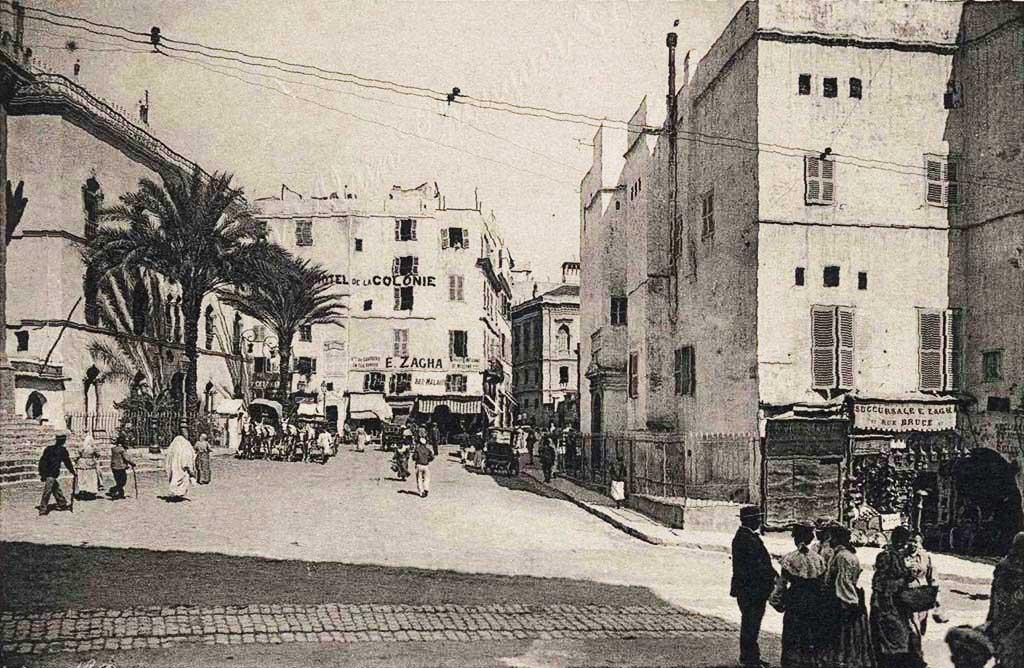 La Place Malakoff