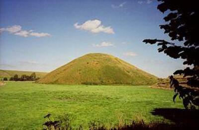 silburyhill2.jpg