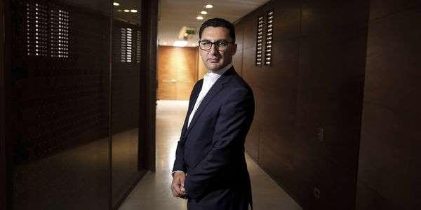 INFO JDD - Maxime Saada, directeur général du groupe Canal +, s'insurge contre le montant réclamé par TF1 pour la diffusion des programmes de la première chaîne sur ses propres supports, comme MyCanal. Il menace même de couper la diffusion des programmes de TF1.