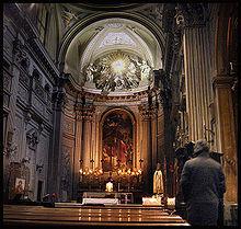 http://fr.wikipedia.org/wiki/%C3%89glise_San_Marcello_al_Corso