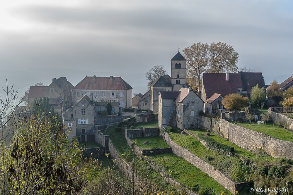Château-Chalon : d'or et de rouille. (1)