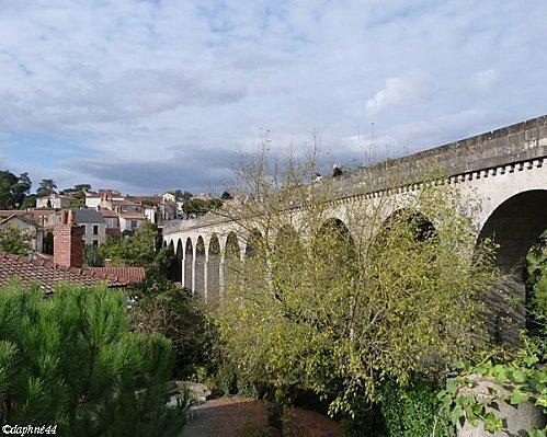 vue-sur-l-aqueduc-et-ville.jpg