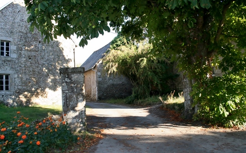 Manoir de Potrel à Dragey Ronthon ( Sud Manche )