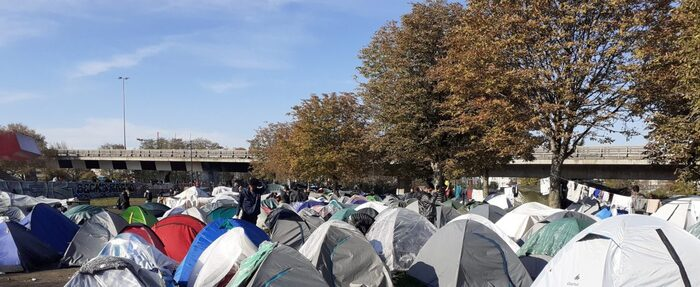 « On a plus peur de mourir de faim que du virus » chez les exilés de Saint-Denis