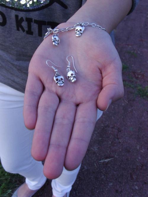Bracelet Gothique - Boucles d'oreilles gothique