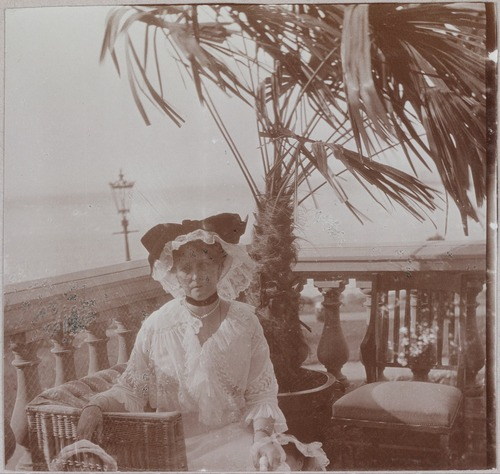Alexandra Feodorovna on the balcony at Livadia: c. 1912.