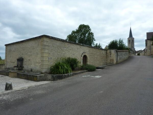 Le village vu du lavoir des Tanneries