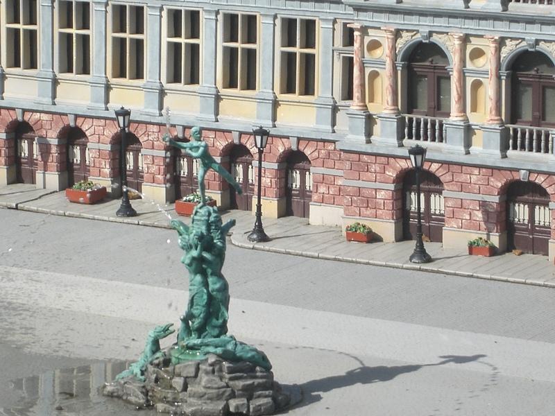 Mini-Europe est un parc situé à Bruparck au pied de l'Atomium à Bruxelles.