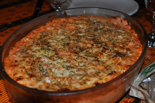 Gratin de macaroni à la sauce tomate