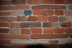Mur briques et galet de Toulouse