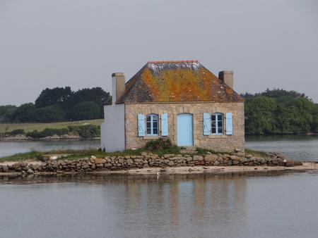 St Cado - La maison aux volets bleus