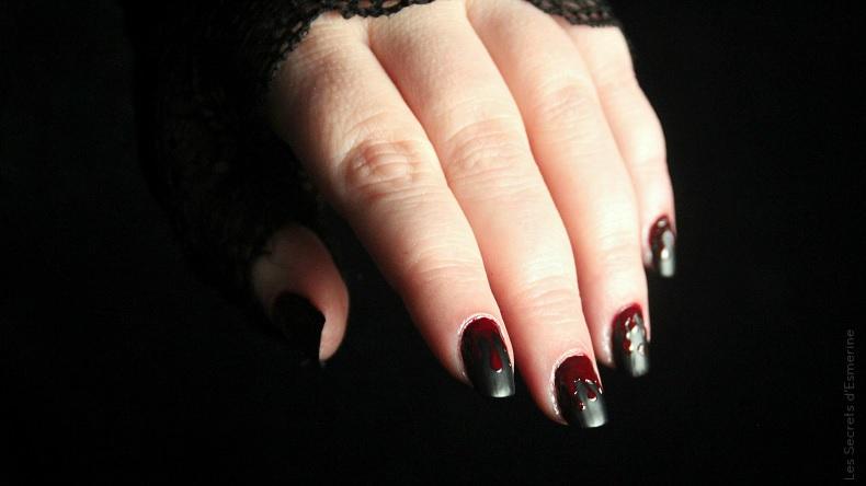 nail art sanglant