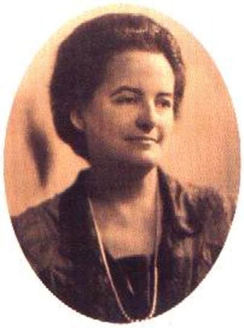 Née le 16 Juin 1880 , Alice Bailey, astrologue au service de la psychologie du coeur, Gémeaux ascendant Lion